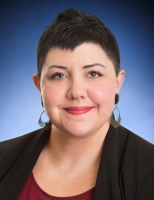 Angela Leiter